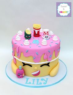 Shopkins Cake - with Polly Polish, Pee Wee Kiwi, Fiona Fries and Edgar Eggcup by. Shopkins Cake – with Polly Polish, Pee Wee Kiwi, Fiona Fries and Edgar Eggcup by Sweet & Snazzy w Bolo Shopkins, Shopkins Birthday Cake, 6th Birthday Cakes, Free Shopkins, Cupcakes, Cupcake Cakes, Pastel Shopkins, Beautiful Cakes, Amazing Cakes