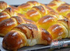 Extra jemné, lahodné croissanty s čokoládou Bread Dough Recipe, Muffin Bread, Pretzel Bites, Hot Dog Buns, Food Hacks, Doughnut, Baked Potato, Cookie Recipes, Biscuits