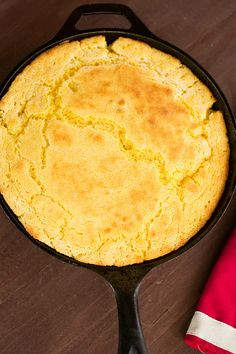 Skillet Cornbread - easy to make, tender cornbread with a buttery crust. I made this and it was awesome! cast iron skillet sides, www.browneyedbaker.com