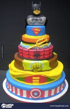 I want this for my Bday cake... Except my layers would be different. Cap can stay, robin has to go replaced by Green Lantern, move Spidey to the next layer instead of the Hulk, then the Flash, then X-Men and on top would be one of three Silver Surfer, Captian Mar-vel (the Marvel version) or Groo...