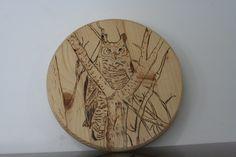 Wood Burned Art / Owl Burned on Spruce Round by BrashersWoodDesigns on Etsy Natural Wood Crafts, Wood Burning Art, Decorative Plates, Owl, Etsy, Home Decor, Homemade Home Decor, Owls, Decoration Home