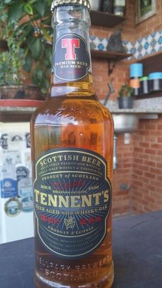 Tennent's, Ale scottish beer aged with whisky oak, 6%, by WellPack Brewery, ScotLand