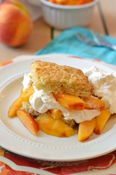 Peach Shortcake: Classic shortcake recipe direct from Grandma. Simple and HEAVENLY. This is how the universe intend shortcake to taste. Sweet Desserts, Just Desserts, Delicious Desserts, Dessert Recipes, Yummy Food, Brunch Recipes, Summer Recipes, Peach Shortcake, Shortcake Recipe