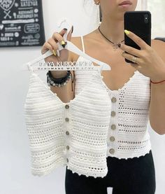 20 Crochet ideas for you Pull Crochet, Gilet Crochet, Crochet Bra, Crochet Shirt, Crochet Clothes, Crochet Bandeau Tops, Crochet Summer Tops, Crochet Crop Top, Beautiful Crochet