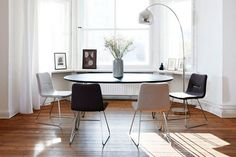Modern Monochrome - Dining Room Ideas – Decorating, Design & Wallpaper (houseandgarden.co.uk)