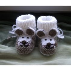 Gestrickte Babyschuhe Mausschuhe knitting for babies Knitted baby booties mouse booties Baby Boy Booties, Cute Baby Shoes, Baby Boots, Crochet Baby Booties, Knitted Baby, Boy Crochet, Crochet Cowls, Baby Knitting Patterns, Knitting Baby Girl