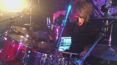 Tatsuya (Diaura) playing