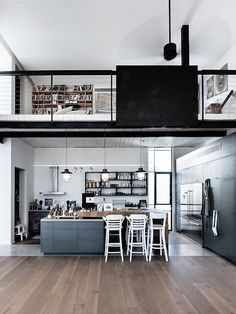 AN INDUSTRIAL CHIC HOME IN TEL AVIV, ISRAEL…