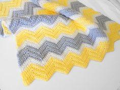 Crochet Chevron Baby Blanket in Yellow White and Light por PinkyRoo, $43.00