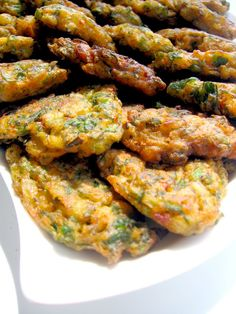 My Turkish Kitchen: ÖCCE (green onion fritters)