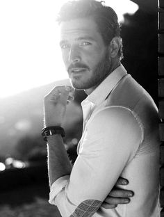 Justice Joslin by Nico for Massimo Dutti Spring/Summer 2014 // i'm really enjoying these shirt elbow patches Hot Men, Hot Guys, Gorgeous Men, Beautiful People, Hair Men Style, Justice Joslin, Photography Poses For Men, Hommes Sexy, Mode Masculine