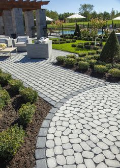 Walkway and patio with Techo-Block Antika stone pavers.