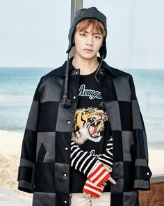 BTS drop new seaside 'You Never Walk Alone' teaser images | SBS PopAsia