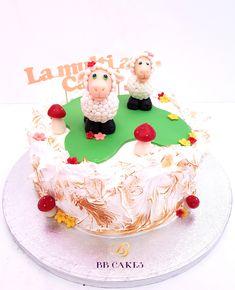 tort cu bezea flambata blat de vanilie si crema de lamaie. oi so ciuperci din pasta de zahar Deserts, Birthday Cake, Pasta, Food, Birthday Cakes, Essen, Postres, Meals, Dessert