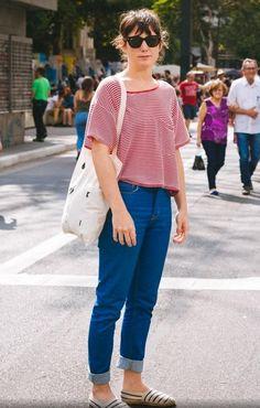 O estilo francesinha da bailarina Clarice Lima, 33, é confortável e uma boa opção para passar o domingo nas ruas da cidade