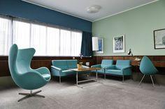 アルネ・ヤコブセン(Arne Jacobsen)が手がけた世界初のデザインホテルがラディソン(SAS)ブルーロイヤルホテル(Radisson Blu Royal Hotel)。建築当時のミッドセンチュリーのモダンデザインが残る606号室(room 606)。いつか泊まってみたい。