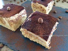 Fitt fazék kultúrblog : Tiramisu a természet kincseiből. (nyers, vegán) Tiramisu, Fitt, Minden, Ethnic Recipes, Desserts, Cakes, Tailgate Desserts, Deserts, Cake Makers