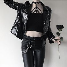 Gothic Fashion 755549274966023884 - Photo Source by paulinetreunet Gothic Outfits, Edgy Outfits, Mode Outfits, Grunge Outfits, Fashion Outfits, Fashion Tips, Fashion Clothes, Style Fashion, Goth Clothes