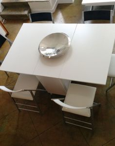 Trojan-Console-in-white-with-6-chairs-set-up