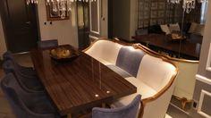 Mesa de jantar composta com sofá clássico
