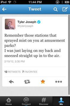 Tyler Joseph, what a goofball!