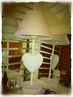 Shabby chic - my Lamp (La mia adorabile lampada shabby chic)