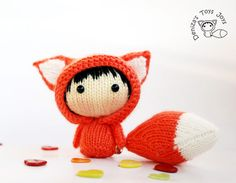 http://sosuperawesome.com/post/133076516849/dolls-and-patterns-including-buy-four-patterns
