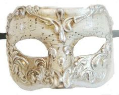 I love the musical notes. I wonder with something like this, if it's notes to an actual song or something just made up to make it look pretty. Venetian Masquerade Masks, Masquerade Party, Harlequin Mask, Mask Face Paint, Carnival Masks, Beautiful Costumes, Mask Design, Red Gold, Girly Things