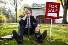 5 Reasons Homes Don't Sell (and How to Address Them) It can be stressful to see your home languish on the market while others in your neighborhood are moving quickly. A home that isn't selling can cost you time and money, not to mention your sanity. Here are five reasons your home may not be selling, and advice for addressing them. www.TampaHomesSold.com/Nick-Cindy-Davis-blog.aspx