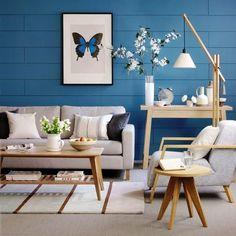blaue akzente wandgestaltung wohnzimmer mit tapeten