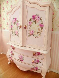 Dollhouse miniature armoire scale by Mondinadollhouse Decoupage Furniture, Hand Painted Furniture, Home Decor Furniture, Shabby Chic Furniture, Furniture Makeover, Vintage Furniture, Furniture Design, Shabby Chic Homes, Shabby Chic Decor