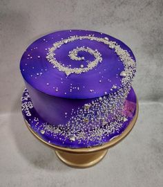 Galaxy cake Galaxy cake – cake by Michelle's Sweet Temptation – CakesDecor Pretty Birthday Cakes, Pretty Cakes, Beautiful Cakes, Amazing Cakes, Purple Birthday, Tea Cakes, Cupcake Cakes, Cupcakes, Cake Boss Cakes