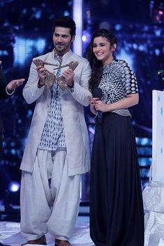 Varun Dhawan and Alia Bhatt pose with Karan Johar