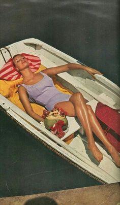 Vintage Swim, Mode Vintage, Vintage Vibes, Looks Vintage, Retro Vintage, Retro Aesthetic, Summer Aesthetic, Gravure Illustration, Summer Bathing Suits