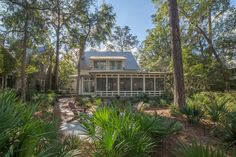 Screened In Back Porch | Outdoor Living | Lowcountry Living | Palmetto Bluff Homes | Vacation Real Estate Bluffton, South Carolina