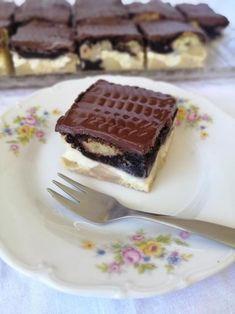 Dessert Recipes, Desserts, Tiramisu, Waffles, Food And Drink, Baking, Breakfast, Ethnic Recipes, Cakes