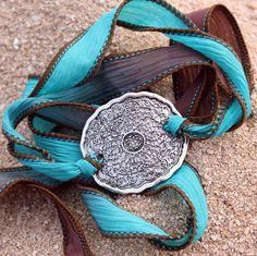 Bracelets d'enveloppe supplémentaire soie par EverDesignsJewelry