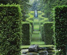Garden Design and Landscaping Kent Best Of Figures In A Landscape Sculpture In the British Garden Lawn And Garden, Garden Art, Garden Design, Grey Gardens, Formal Gardens, House Gardens, Beautiful Landscapes, Beautiful Gardens, English Landscape Garden