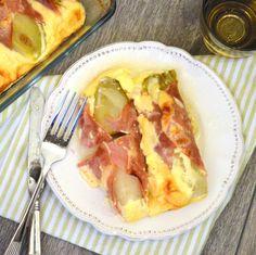 Ook voor diegenen die normaal gesproken geen witlof lusten: deze witlof uit de oven met ham, kaas en ei lust werkelijk waar iedereen! #bijgerecht #crèmefraiche #eieren