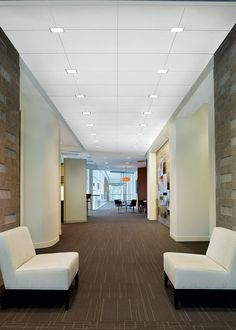 Intersection Downlighting from Armstrong Ceiling Installation Systems – Commercial. Seamlessly integrate recessed downlights at intersection of ceiling grid. Ceiling Grid, Metal Ceiling, Ceiling Panels, Ceiling Lights, False Ceiling Bedroom, False Ceiling Design, Interior Lighting, Modern Lighting, Interiors