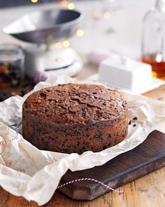 Mary Berry's rich fruit Christmas cake - Christmas Cake Recipe Mary Berry Christmas Cake, Christmas Desserts, Christmas Cakes, Xmas Cakes, Mary Berry Fruit Cake, Christmas Fruit Cake Recipe, Mary Berry Cake Recipes, Christmas Recipes, Best Fruit Cake Recipe