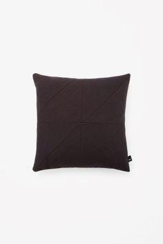 Square puzzle cushion