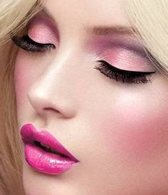 Pink make-up look