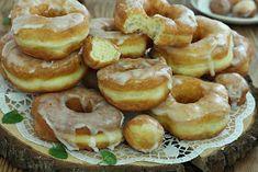 wesoła kuchnia: Oponki jogurtowe Dessert Recipes, Desserts, Doughnuts, Sweet Recipes, Good Food, Food And Drink, Cooking Recipes, Keto, Sweets