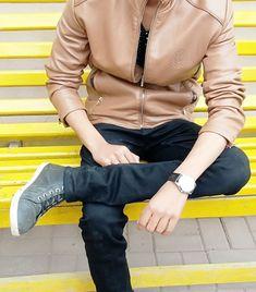 Arab Men Fashion, Boy Fashion, Stylish Dpz, Stylish Boys, Boys Dpz, Girls Dpz, Cute Girl Pic, Cute Girls, Photoshoot Pose Boy