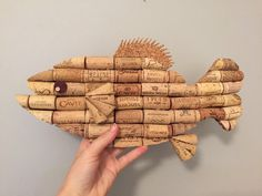 Fish wall hanging made from recycled corks от CorkCreationsbyK