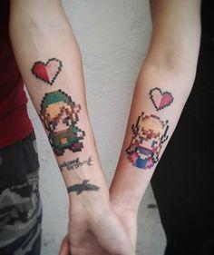 #Zelda y #Link para mi primo y su chica. Un placer. @latintaquehabito #legenofzelda #zeldatattoo #coupletattoos #inkedgirls #inkedboy #pixelart #pixeltattoo #pixel #nintendo #videogame #colortattoo #nintendotattoo #freak #freaktattoo #friki #hearttattoo #valenciatattoo #xirivella #latintaquehabitocrew @tatuajesytatuadores @nintendo #nintendo #nerd