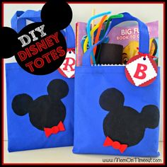 DIY Disney Tote Bags! A great gift to surprise kids about to go on a road trip to Disneyland or Disney World. (something to do in the car) (Check)
