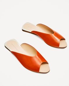 Image 2 of V-CUT LEATHER SLIDES from Zara