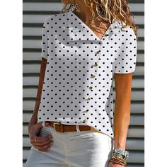V Neck Single Breasted Dot Blouses - Blouse designs Casual Wear, Casual Outfits, Summer Outfits, Elegantes Outfit, Blouse Online, Mode Outfits, Mode Inspiration, Printed Blouse, Short Sleeve Blouse